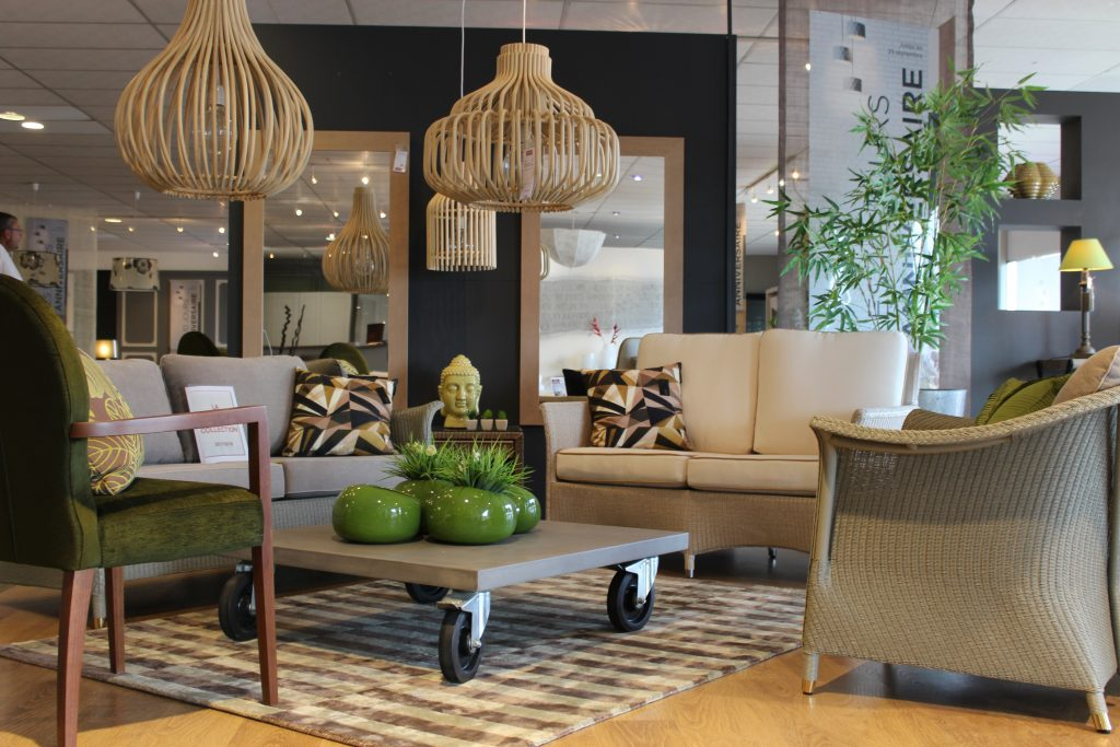 nouveau showroom meubles finel lessay 50. Black Bedroom Furniture Sets. Home Design Ideas